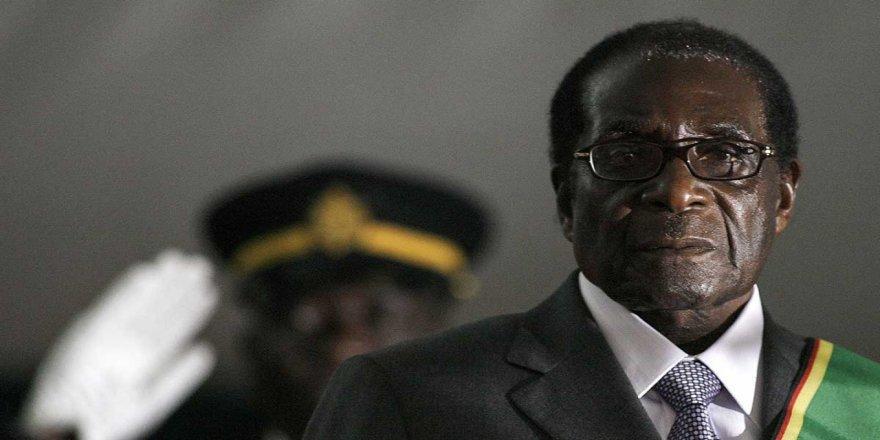 Robert Mugabe: Kahramanlıktan Tiranlığa Giden Yol