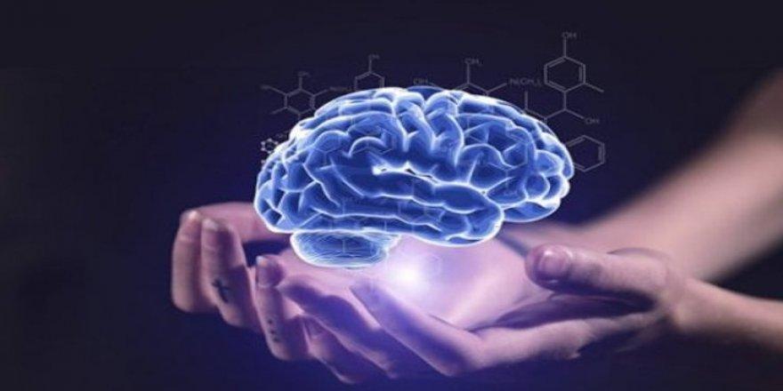 Beyin implantları: Nöral devrim mi, düşünce kontrolü mü?