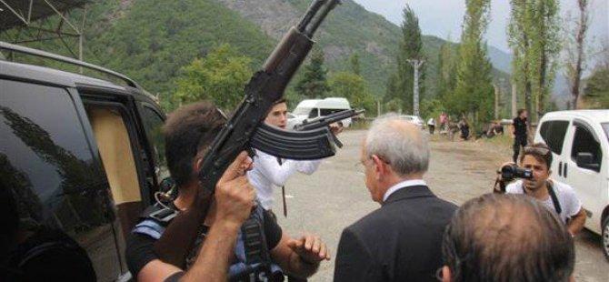 CHP Genel Başkanı konvoyuna silahlı saldırı