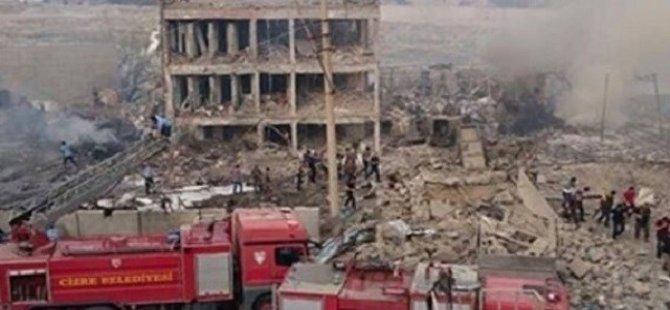 Cizre'de çevik kuvvet binasına bomba yüklü araçla saldırı: En az 8 polis hayatını kaybetti