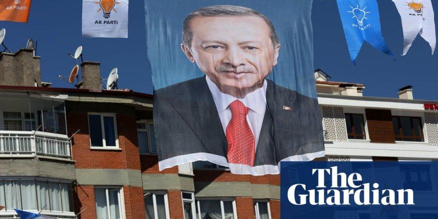 Guardian: Türkiye tehditlere boyun eğmemekte ısrarcı