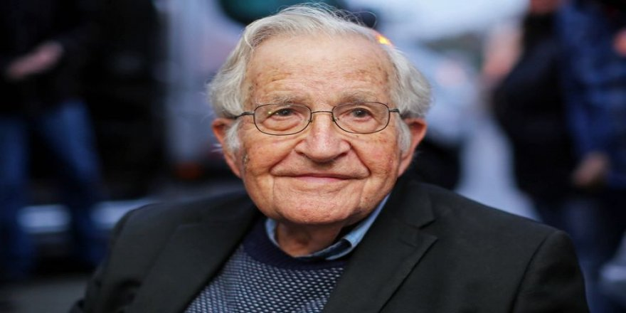 Chomsky: Türkiye'nin Kürtlere harekatı savaş suçudur