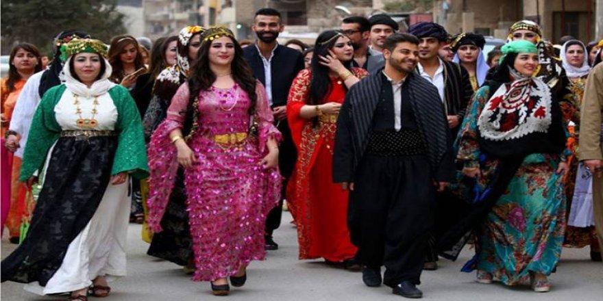 Türkiye'de kendini 'Kürt' olarak tanımlayanların oranı iki kart arttı