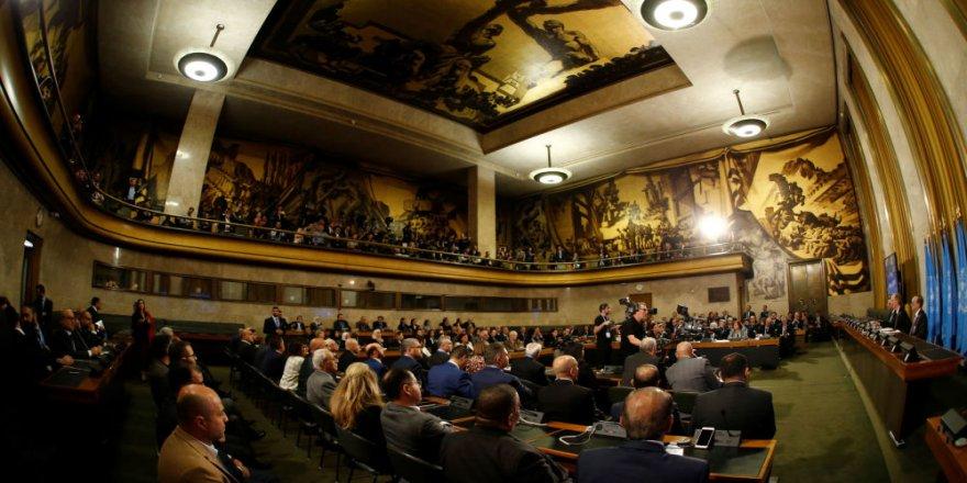 Suriye Anayasa Komitesi: Şam sunulan 3 teklifi reddetti