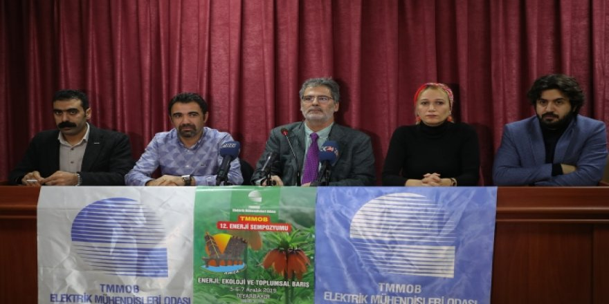 """Diyarbakır'da """"Enerji, Ekoloji ve Toplumsal Barış"""" sempozyumu"""