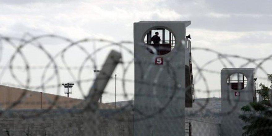 Türkiye: Bir yılda 266 bin kişi cezaevine girdi