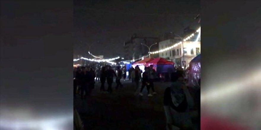 Bağdat'ta kimliği belirsiz kişilerce göstericilere ateş açıldı: 16 ölü