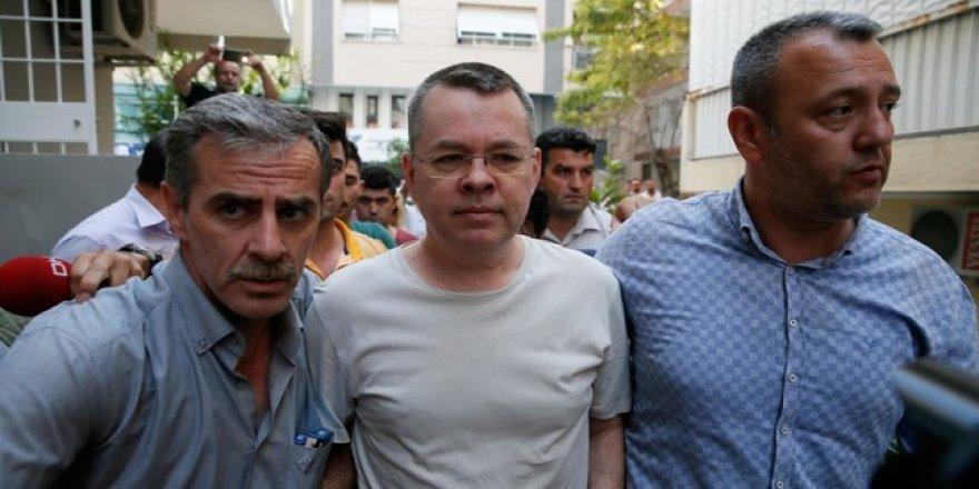 Pastör Brunson: Türkiye'de pratikte beni rehin aldılar