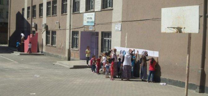 Diyarbakır'da veliler soruyor: Peki şimdi ne olacak?