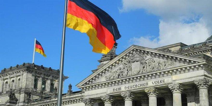 Almanya: ABD bizi İran konusunda tehdit etti