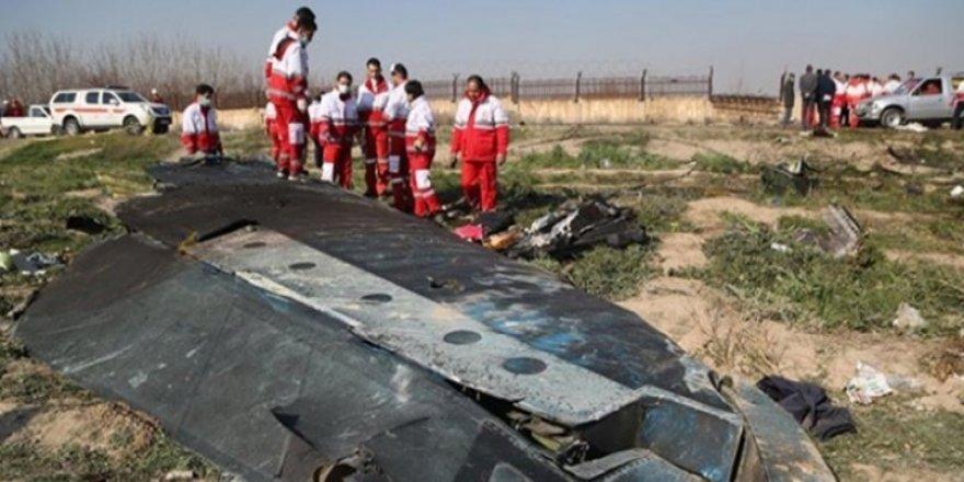 İran: Ukrayna uçağı iki füzeyle vuruldu
