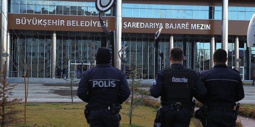 Kayyım ve AKP'li belediyeler Sayıştay raporlarında: 'Paraların nereye gittiğinin belgesi'