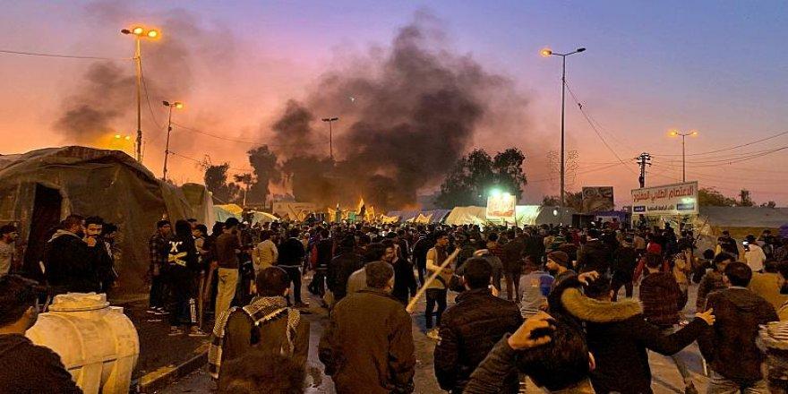 Irak'ta es-Sadr destekçileri ile eylemciler arasında arbede: 6 kişi hayatını kaybetti