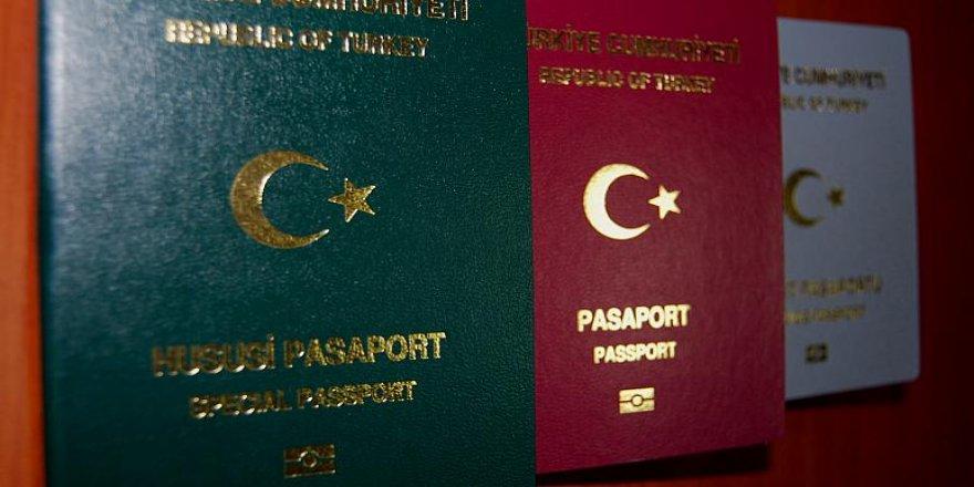 KHK ile ihraç olan Barış Akademisyenleri pasaport almaya başladı