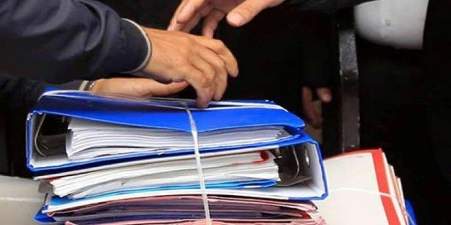 AKP 'tuzak kurup' fişleme yasasını komisyondan geçirdi