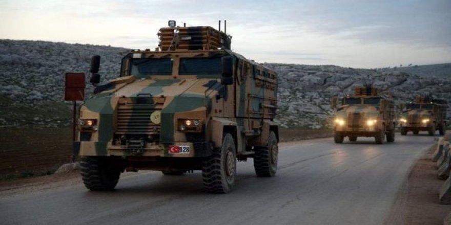 İdlib: Milli Savunma Bakanlığı, 2 Türk askerinin hava saldırısı sonucu hayatını kaybettiğini açıkladı