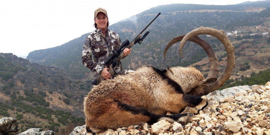 Avlanmak için ABD'den Adıyaman'a gelen çift, iki tane dağ keçisi öldürdü
