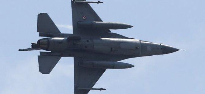 Türk jetleri Suriye'de YPG'yi vurdu