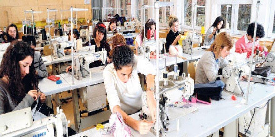 8 Mart'a doğru: Kadın işsizliği artıyor, kadınlar evlere hapsediliyor